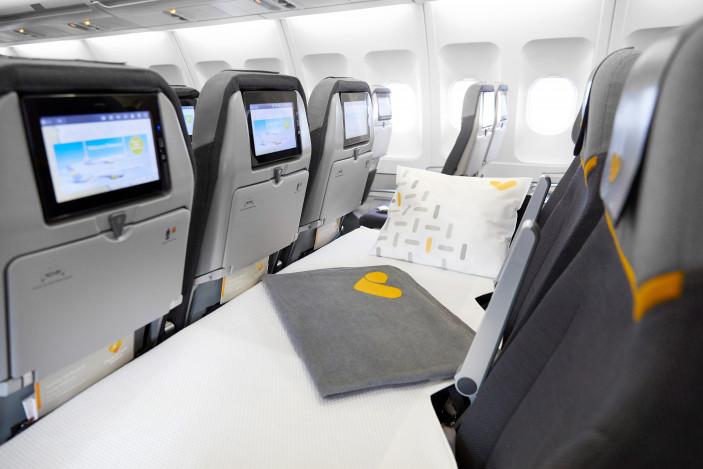 Thomas Cook Airlines introduce paturi la clasa economică pentru zborurile de lungă durată