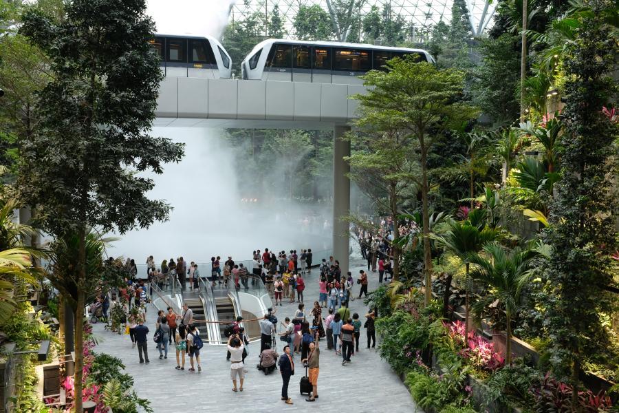 Aeroportul Changi din Singapore