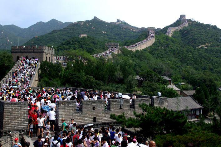 CHINA | Numărul turiștilor, limitat pe cea mai populară secțiune a Marelui Zid