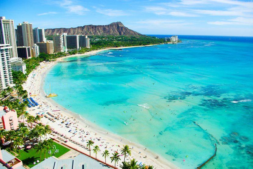 Investiție record pentru refacerea și protejarea celei mai cunoscute plaje din Hawaii