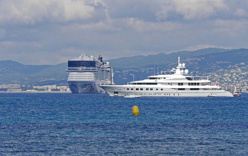 FRANȚA | Navele de croazieră care nu respectă normele de poluare, interzise la Cannes